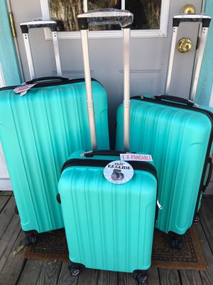 Luggage maletas suitcase carry on for Sale in Riverside, CA