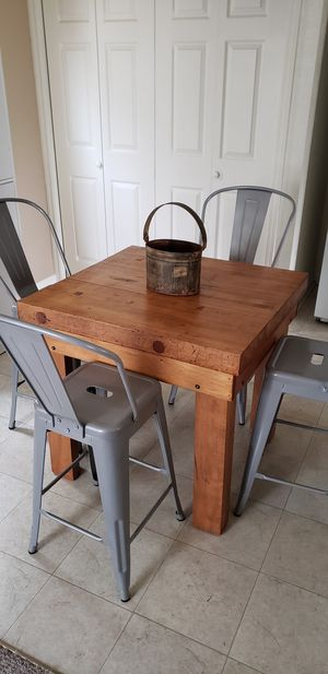 Butcher block table and chairs for Sale in Pekin, IL