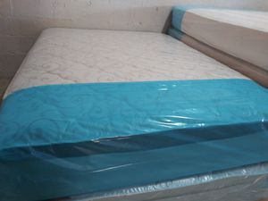 Pillow top mattress and box spring Queen set $225 full set $210 brand new free delivery same day for Sale in Miami Gardens, FL