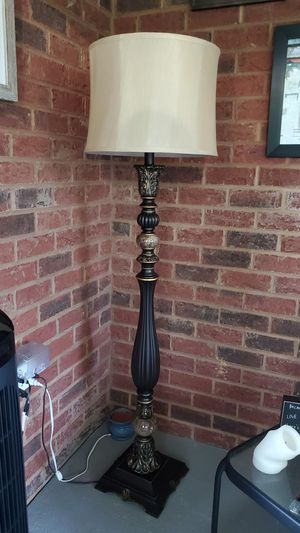 Light fixture for sales $25 for Sale in Creedmoor, NC