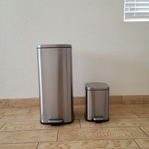 Metal Trash Cans for Sale in Merced, CA