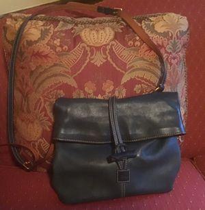 Dooney & Bourke crossbody purse for Sale in Sandy Hook, CT