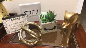 3 home decor for Sale in Chandler, AZ
