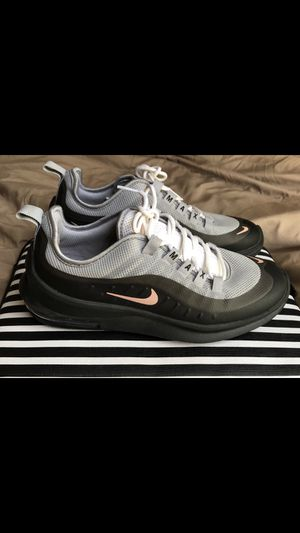 Nike Air Max Axis (women) for Sale in Garland, TX