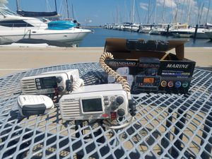 Standard Horizon GX2200 Standard Matrix AIS/GPS VHF (White) for Sale in Chicago, IL