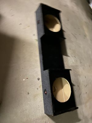 "$60 — Chevy / GMC extended cab 99-06 DOWNFIRING 2 (12"") Sub Box for Sale in Sanger, CA"