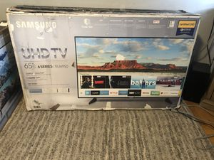 """65"""" Samsung 4K UHD Smart TV (Rough box) for Sale in Brooklyn, NY"""