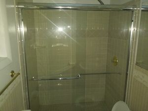 Shower door used good condition for Sale in Manassas, VA