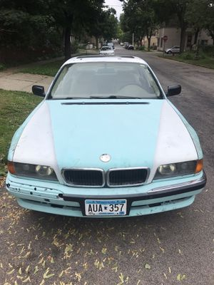 1998 Bmw 7 series 740il for Sale in Saint Paul, MN