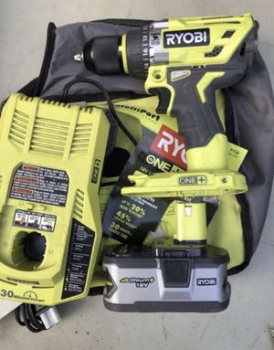 Hammer drill with 4ah battery and fast charger for Sale in St. Petersburg, FL