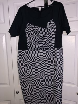 Eloquii plus size black and white graphic print dress size 2x for Sale in Pickerington, OH