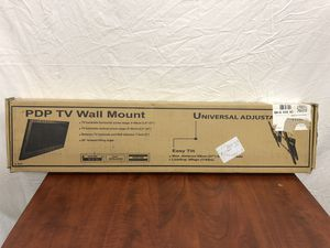 TV universal adjustable wall mount for Sale in Los Angeles, CA