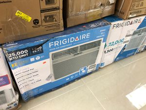 Frigidaire 25000 BTU window ac for Sale in North Palm Beach, FL