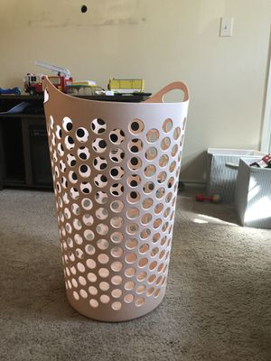 Pink laundry basket from target for Sale in Dallas, TX
