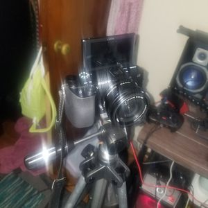 Sony A6100 4k for Sale in Lansdowne, PA