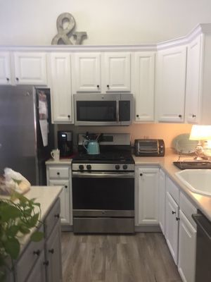 Kitchen Cabinet Painting for Sale in Georgetown, MA
