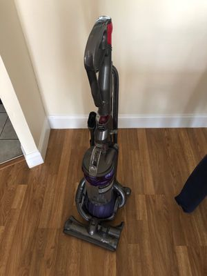 Dyson DC25 Vacuum for Sale in Watertown, MA