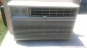 10.000 BTU ac for Sale in Cleveland, OH