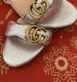 Gucci double GG sandal (silver) size 8 for Sale in Beverly Hills, CA