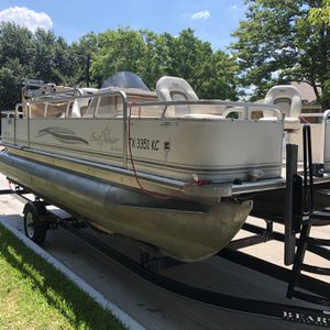 2005 Sunchaser pontoon boat for Sale in Dallas, TX