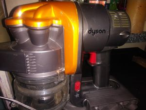Dyson Handheld Portable D16 VACUUM for Sale in Houston, TX