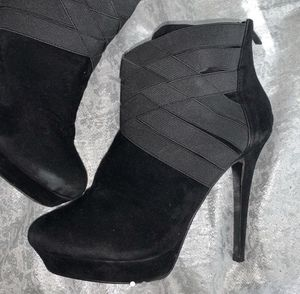 Heels size 8 for Sale in Fontana, CA