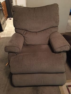 Reclining chair for Sale in Smyrna, TN