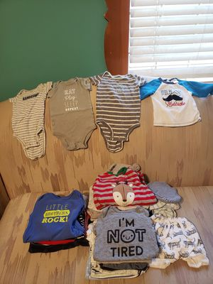 Baby clothes for Sale in Chicago, IL