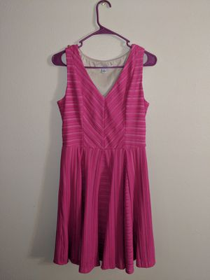Women's hot pink dress for Sale in Carbondale, IL