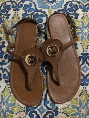 """Authentic Brown Leather Sandals in MK's Iconic """"Luggage"""" Color w/Gold Hardware. Pre-Loved Although In Mint Condition. Size: 8 for Sale in Gainesville, VA"""