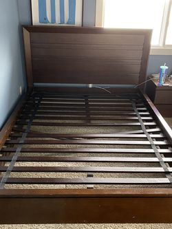 Bed Frame Crate & Barrel for Sale in Issaquah,  WA