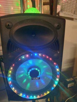 15in bluetooth speaker for Sale in OLD RVR-WNFRE, TX