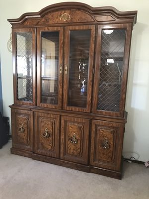 Broyhill China cabinet for Sale in Denver, CO