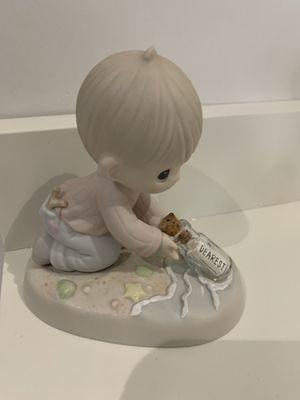 Precious moments figurines for Sale in Pembroke Pines, FL