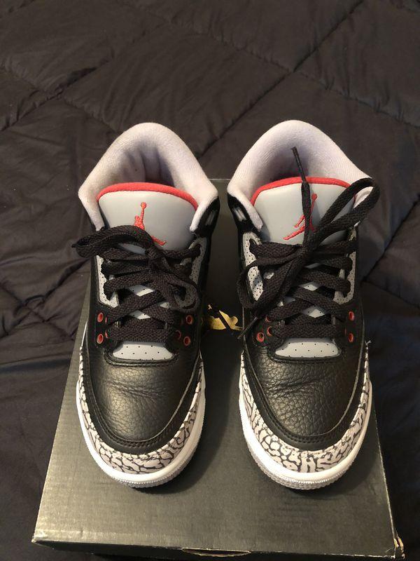 Jordan 3 Retro OG Cement size 4.5y