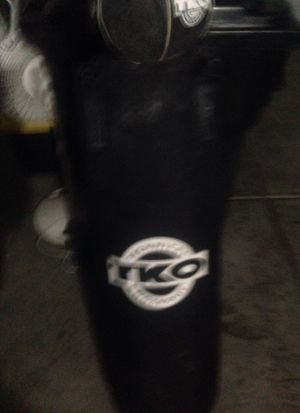 Heavy bag speed bag and headache bag. for Sale in Sloan, NV