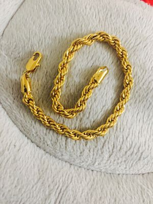 """Brand new gold plated rope bracelet 9"""" won't tarnish for Sale in Old Bridge Township, NJ"""