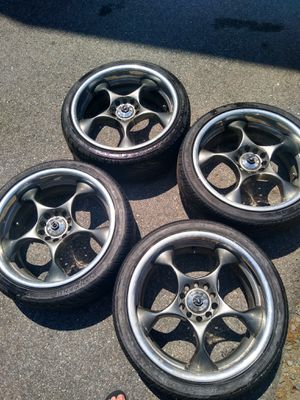 "18"" Niche Shock with tires for Sale in Salem, NH"