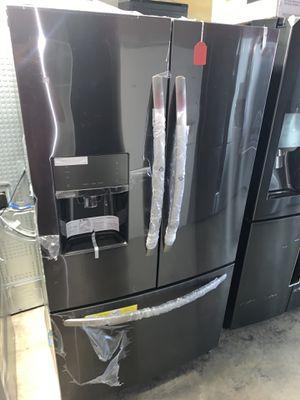 New Frigidaire refrigerator for Sale in Carson, CA