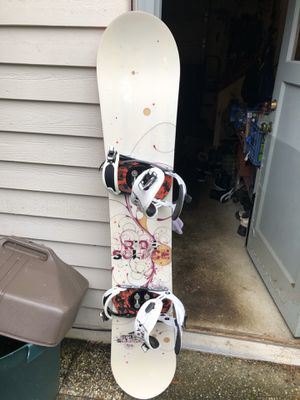 Snowboard, Boots, Bindings (boot size: 9.5) for Sale in Issaquah, WA