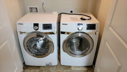 Samsung Washer And Dryer for Sale in Spartanburg, SC