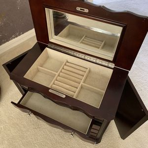 Jewelry Box for Sale in Fort McDowell, AZ