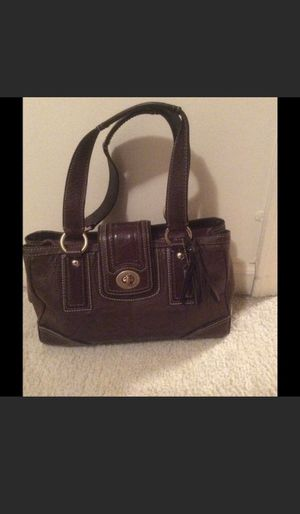 Coach Hampton Signature Leather Handbag for Sale in Washington, DC