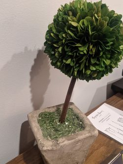 Artificial Planter Topiary for Sale in Chicago,  IL