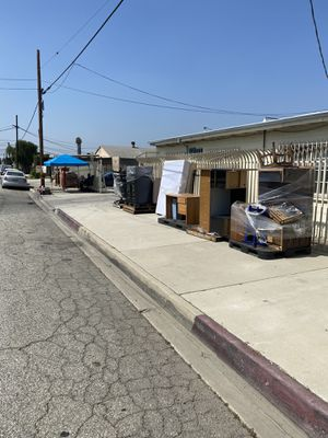 Office furniture & misc items for Sale in South El Monte, CA