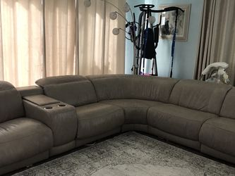 Leather Sectional Soda for Sale in Sanford,  FL