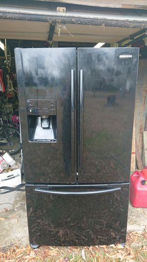 Samsung French door refrigerator for Sale in Chesapeake, VA