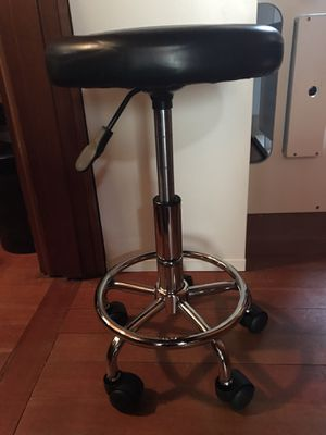 Rolling stool height adjustable for Sale in Tacoma, WA
