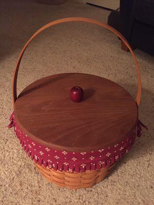 Beautiful longaberger basket for Sale in Edgewood, WA