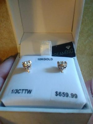 10 K diamond earring set for Sale in Portland, OR